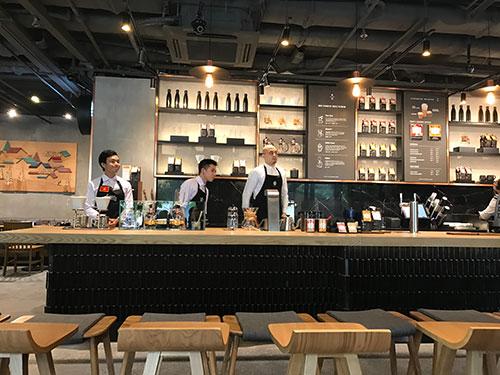 Starbucks Opens First Starbucks Reserve Coffee Bar