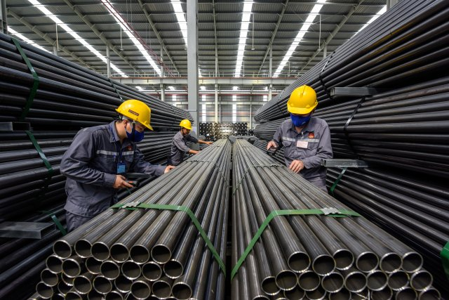 Hoa Sen's zinc pipes are manufactured under US standards (Photo: Hoa Sen Group)