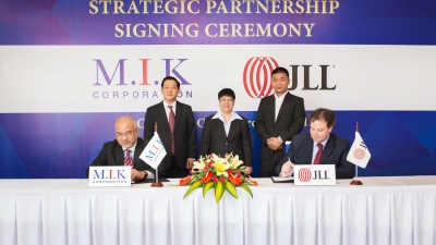 M.I.K Corporation and JLL sign real estate partnership
