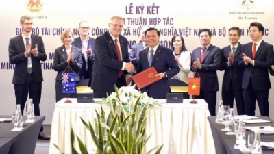 Vietnam and Australia step up financial cooperation