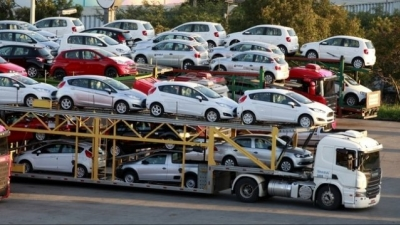 Government to hold meeting on new car import regulations