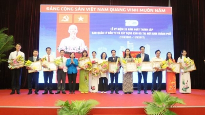RMIT University Vietnam receives Certificate of Merit from HCMC