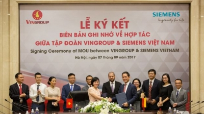 Vingroup shakes hands with Siemens