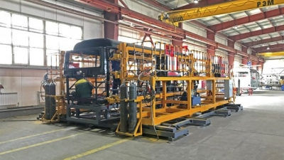 Thaco transfers bus manufacturing technology to Kazakhstan