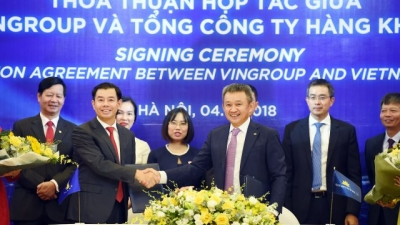 Vietnam Airlines & Vingroup sign cooperation agreement