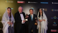 Vietnam Airlines picks up two awards at WTA