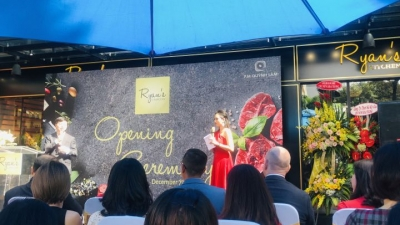 First Singaporean organic food store opens
