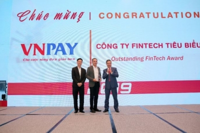 VNPAY honored with Outstanding Fintech Award 2019
