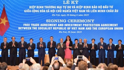 EVFTA officially signed in Hanoi