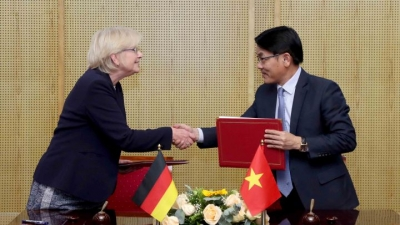 Vietnam & Germany set basis for 'Green' future