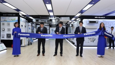 Panasonic launches first Air-Conditioning Training Center in Hanoi