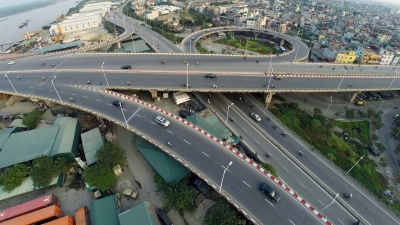 36 foreign investors bid for construction of North-South Expressway