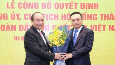 PM provides directions to new PetroVietnam Chairman