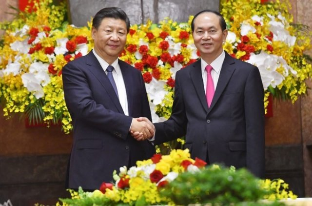 Vietnam & China pledge to reinforce political trust