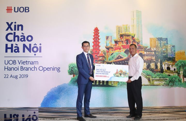 UOB expands into Vietnam's north with Hanoi branch