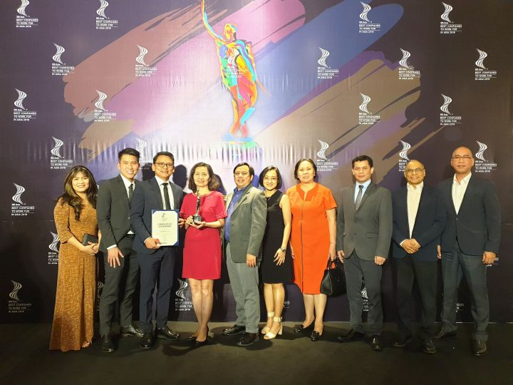URC Vietnam wins HR Asia 2019 award