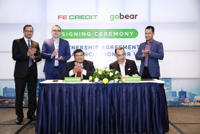 GoBear partners with FE CREDIT to improve financial inclusion