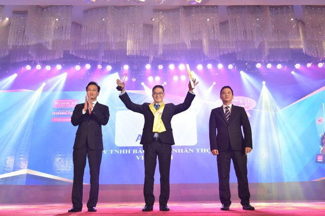 Aviva Vietnam honorably received Golden Dragon Award 2 years in a row