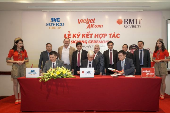 RMIT partners with Sovico and Vietjet in aviation training